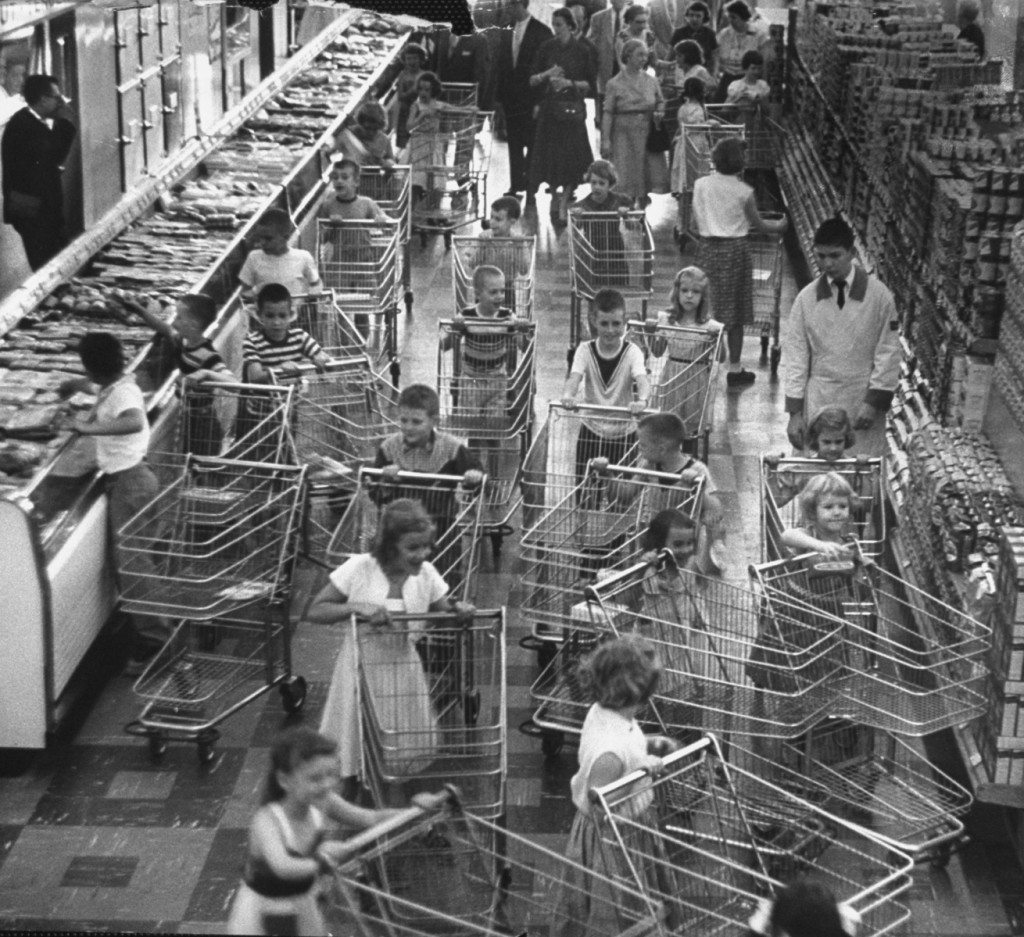 Children shoppers are let loose in a supermarket during an experiment by Kroger Food Foundation to determine what products would be most attractive to young buyers.  (Photo by Francis Miller @The LIFE Picture Collection & Getty Images)