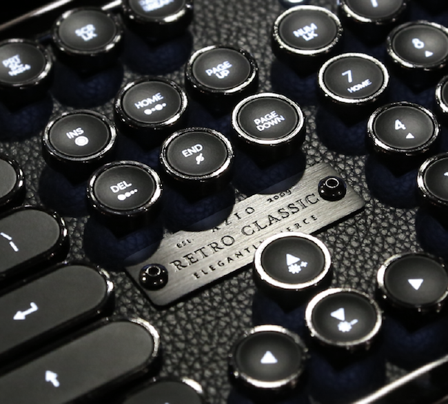 Azio retro classic typewriter mechanical keyboard